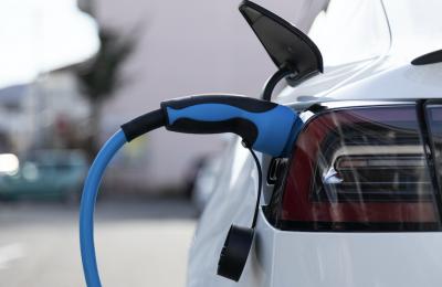 IEA Warning:  Stop Using Gas-Powered Vehicles